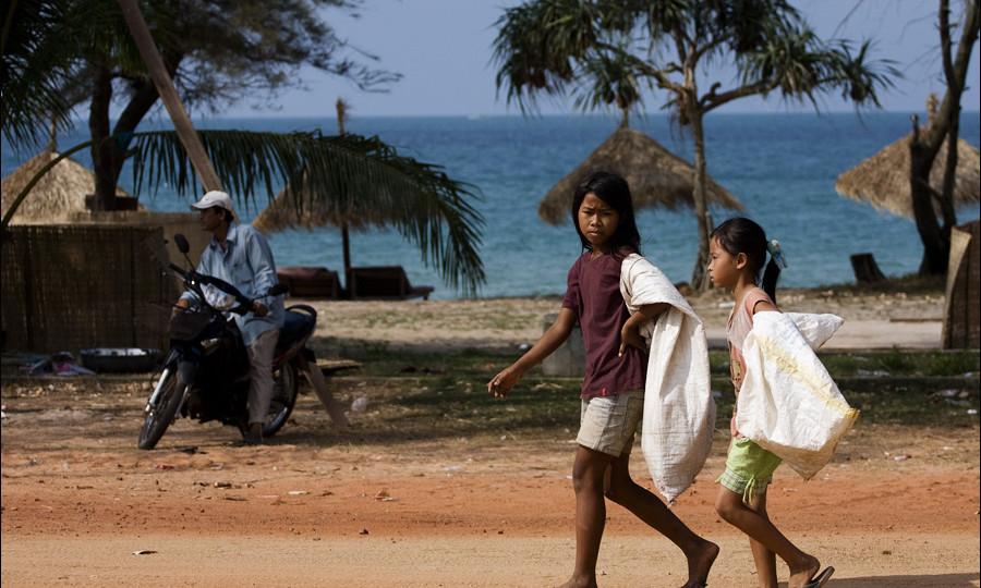Поездка в  Камбоджу — Сиануквиль. Видео