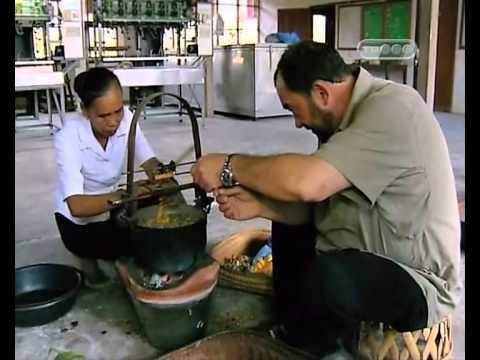 Вьентьян, Лаос #1 — Далеко и ещё дальше с Михаилом Кожуховым